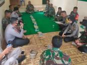 Jalin Sinergitas, Anggota Polsek Kutoarjo Ngaji Bareng TNI, Kamis (03/09/2020) - foto: Sujono/Koranjuri.com