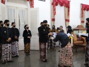 Ritual jamasan tosan aji, Jum'at (11/09/2020), di museum Tosan Aji Purworejo - foto: Sujono/Koranjuri.com