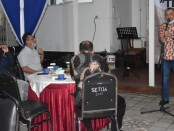 Ngopi bareng bupati dengan jajaran BUMD Kabupaten Purworejo, Senin (14/09/2020) malam di pendopo Kabupaten Purworejo - foto: Sujono/Koranjuri.com