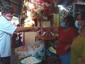 Calon Walikota Denpasar Gede Ngurah Ambara Putra bersama Calon Wakil Walikota Made Bagus Kertha Negara menyambangi pasar tradisonal Putra di Sesetan, Kamis, 22 Oktober 2020 - foto: Istimewa