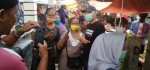 Agus Bastian Kunjungi Pasar Purwodadi, Banyak Pedagang Minta Selfie