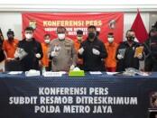 Subdit 3 Resmob Ditreskrimum Polda Metro Jaya menangkap 4 tersangka pelaku curanmor - foto: Bob/Koranjuri.com