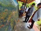 Menteri Pendidikan dan Kebudayaan Nadiem Anwar Makarim bersama istri istri Franka Makarim mengunjungi TK Lingkungan Puri Damai, Ubud, Agung Rai Museum of Arts, Ubud dan Museum Arkeologi Gedong Arca, Gianyar, Bali, Senin, 9 November 2020 - foto: Istimewa