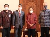 Gubernur Bali Wayan Koster saat menerima Dubes Austria di Rumah Jabatan Gubernur Bali, Jaya Sabha, Denpasar pada Jumat (27/11/2020) - foto: Istimewa