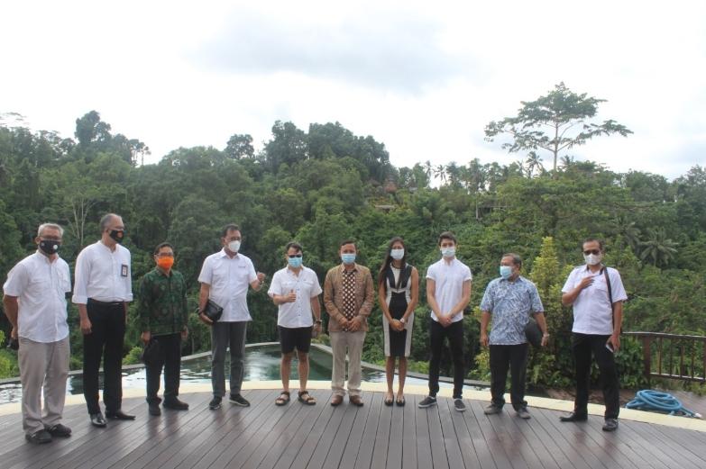 Kadis Pariwisata Provinsi Bali bersama tim melakukan monitoring dan pengawasan terhadap penerapan Protokol Tatanan Kehidupan Era Baru di Hotel Hanging Garden dan Nandini Resort and Spa, Payangan Ubud, Rabu (27/1/2021) - foto: Istimewa
