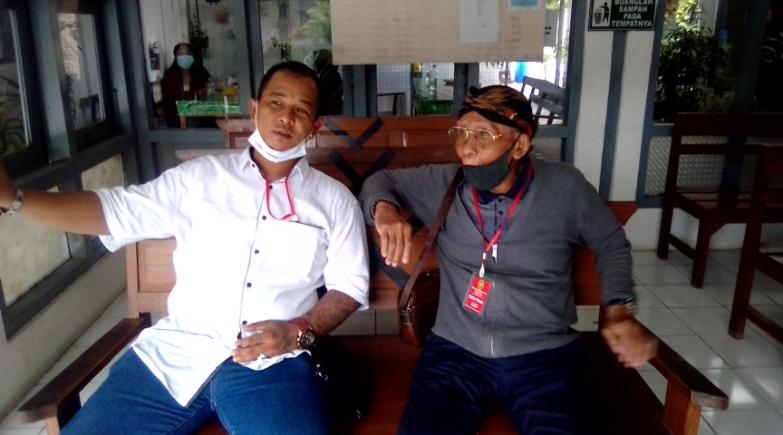 [14/1 20:11] Koordinator tim ahli waris Sriwedari, RM. Joko Pikukuh Gunadi (kanan) Mewakili keluarga ahli waris menghadiri sidang - foto: Istimewa