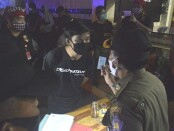 Sejumlah warung dan tempat hiburan malam di Denpasar, Sanur, Kuta-Seminyak, Kerobokan, Canggu hingga By Pass IB Mantra-Ketewel disidak dalam operasi yustisi yang dilakukan Satpol PP Provinsi Bali, Senin (18/1/2021) - foto: Istimewa