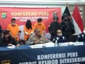 Pelaku kejahatan ganjal ATM yang ditangkap Subdit 3 Resmob Polda Metro Jaya - foto: Bob/Koranjuri.com