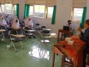 Kepala SMK Kesehatan Purworejo, Nuryadin, S.Sos M.Pd, saat menyampaikan materi kepada para peserta - foto: Sujono/Koranjuri.com