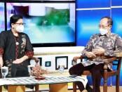 Ketua TP PKK Provinsi Bali Putri Suastini Koster bersama Kepala Dinas Kesehatan Provinsi Bali dr Ketut Suarjaya - foto: Istimewa