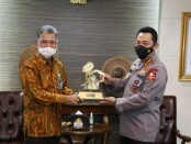 Kapolri Jenderal Listyo Sigit Prabowo menggelar silahturahmi dengan pimpinan Bank BRI Sunarso - foto: Istimewa