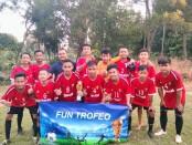 Tim sepakbola Sohibul Menara dari SMPN 34 Purworejo, saat menjuarai Fun Trofeo 2 tahun 2021 - foto: Sujono/Koranjuri.com