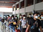 Calon penumpang pesawat di Bandara Internasional I Gusti Ngurah Rai Bali pada puncak arus balik libur Paskah 2021, Minggu, 4 April 2021 - foto: Istimewa