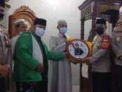 Dirbinmas Polda Metro Jaya Kombes Badya Wijaya bersama Kapolres Jakarta Utara mengunjungi Masjid Jami Arahman di jalan Perintis Kemerdekaan Kelapa Gading Timur Jakarta Utara, Rabu (14/4/2021) - foto: Bob/Koranjuri.com
