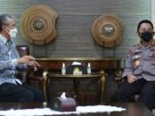 Dirjen Bea Cukai Askolani melakukan silaturahmi bersama Kapolri Jenderal Polisi Listyo Sigit Prabowo di Mabes Polri, Jakarta, Senin (19/4/2021) - foto: Istimewa