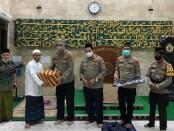 Dirbinmas Polda Metro Jaya kembali melakukan safari ke masjid-masjid yang ada di Ibukota. Kegiatan itu berkaitan dengan program subuh keliling - foto: Istimewa