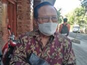 Kepala SMK PGRI 3 Denpasar Drs. I Nengah Madiadnyana, MM. - foto: Koranjuri.com