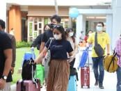 Penumpang di Bandara Ngurah Rai Bali - foto: Istimewa