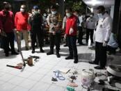 Sejumlah barang-barang yang ditemukan dalam sidak di Lapas Kelas IIA Kerobokan, Rabu, 5 Mei 2021 - foto: Istimewa