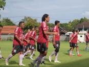 Skuat Mitra Devata berlatih jelang menghadapi tiga laga di Bulan Mei 2021 - foto: Yan Daulaka