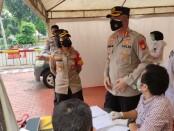 Polsek Tanjung Duren melakukan tes swab antigen kepada para pemudik yang kembali ke rumah masing-masing usai mudik lebaran - foto: Istimewa