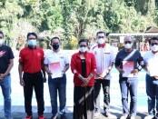 Putri Suastini Koster yang juga bertindak selaku Dewan Pembina Pengurus  Provinsi (Pengprov) Persatuan Renang Seluruh Indonesia (PRSI) Bali memberikan motivasi kepada atlet yang menggelar time trial untuk dipersiapkan menuju PON XX Papua tahun 2021 - foto: Istimewa
