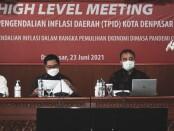 Bank Indonesia Perwakilan Bali bersama Walikota Denpasar mengadakan pertemuan High Level Meeting (HLM) Tim Pengendalian Inflasi Daerah (TPID) Kota Denpasar di Ruang Rapat Praja Utama, Kantor Walikota Denpasar, Rabu (23/6/2021) - foto: Istimewa
