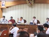 Sekretaris Daerah Provinsi Bali Dewa Made Indra di acara sosialisasi Kebijakan Strategis Gubernur Bali bertempat di Badan Pendapatan Daerah Provinsi Bali, pada Rabu (2/6/2021) - foto: Istimewa
