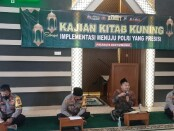 Kegiatan Ngaji Kitab Kuning yang diadakan Polda Jatim dan jajaran dengan melibatkan  tokoh dari PWNU dan PCNU di setiap kabupaten/kota - foto: Istimewa