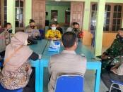 Suasana rapat koordinasi penanganan Covid 19 Desa Brenggong, Purworejo, Kamis (10/06/2021) - foto: Sujono/Koranjuri.com