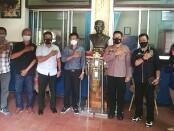 Kapolsek Denpasar Utara mengadakan pertemuan dengan Ketua serta pengurus Persatuan Wartawan Indonesia (PWI) Provinsi Bali, Senin, 14 Juni 2021 - foto: Istimewa