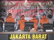 Polisi menetapkan empat tersangka kasus penyerangan dan penembakan di Jalan Mangga Besar VI D Taman Sari, Jakarta Barat - foto: Istimewa