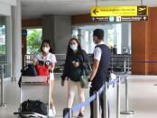 Penumpang pesawat di Bandara I Gusti Ngurah Rai Bali - foto: Istimewa