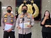 Kadiv Humas Polri Irjen Argo Yuwono saat membacakan amanat Kapolri di Gedung Rutapama, Jakarta Selatan, Jumat (2/7/2021) - foto: Istimewa