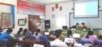 3 Dosen ITB STIKOM Bali Bimbing Media Belajar Daring Interaktif di SMAN 1 Blahbatuh