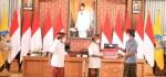 Gubernur Serahkan Bantuan Produktif kepada Pelaku Usaha Mikro di Bali