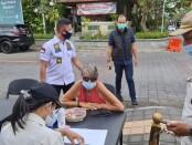 Operasi Yustisi Prokes di kawasan wisata Ubud menjaring 3 WNA Pelanggar aturan PPKM Darurat Jawa-Bali - foto: Istimewa