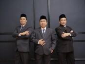 Keterangan gambar : Direktur Utama BPR BKK Karangmalang Perseroda ( PT) -Sragen, H.Raji, SE, MM ( tengah) saat berswafoto bersama jajaranya / foto: Istimewa