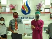 Rektor ITB STIKOM Bali Dr.  Dadamg Hermawan (tengah) - foto: Istimewa