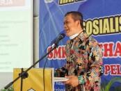 Kepala SMK Kesehatan Purworejo, Nuryadin, S.Sos, MPd, saat mensosialisasikan program sekolah kepada para orangtua siswa, Kamis (12/08/2021) - foto: Sujono/Koranjuri.com