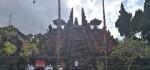 Megawati Sukarnoputri Lakukan Peletakan Batu Pertama Renovasi Pura Besakih