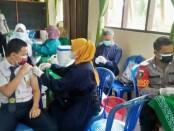 Pelaksanaan Vaksinasi Merdeka Candi di SMPN 3 Purworejo, Senin (20/09/2021) - foto: Sujono/Koranjuri.com