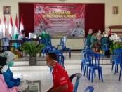 Suasana vaksinasi massal di Balai Desa Loano, Kecamatan Loano, hasil kerjasama PWI Purworejo dengan Polres Purworejo, Rabu (01/09/2021) - foto: Sujono/Koranjuri.com