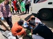 Seorang laki-laki ditemukan tak bernyawa di area parkir Kantor Dinas Perhubungan Kabupaten Purworejo, masuk Desa Grantung, Bayan, Purworejo, Jateng,  Kamis (02/09/2021) siang - foto: Sujono/Koranjuri.com