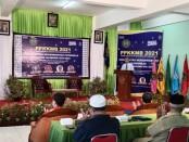 Rektor UM Purworejo, Dr Rofiq Nurhadi, M.Ag, saat membuka PPKKMB bagi mahasiswa baru, Senin (20/09/2021) - foto: Sujono/Koranjuri.com