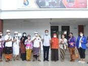 Kegiatan sosialisasi bersama enam staf kelurahan dan dua desa di Denpasar pada 21 September 2021 lalu di ITB STIKOM Bali  - foto: Istimewa