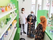 Wabup Purworejo Yuli Hastuti, didampingi dr H.M Bima Arrynugrah, MARS, saat meninjau berbagai fasilitas dan kelengkapan yang dimiliki Klinik Pratama Bima Husada, Jum'at (24/09/2021) - foto: Sujono/Koranjuri.com