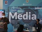 Deputi Direktur Kantor Perwakilan Wilayah Bank Indonesia Provinsi Bali, Donny H. Heatubun menjadi pembicaraan di acara Capacity Building Media di Sanur, Rabu, 26 September 2021 - foto: Koranjuri.com