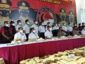 Pengungkapan 1,3 ton ganja oleh Direktorat Narkoba Polda Metro Jaya - foto: Istimewa