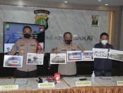 Kabid Humas Polda Metro Jaya Kombes Pol Yusri Yunus menyampaikan keterangan pers pengungkapan 279 kg ganja kering, Rabu, 6 Oktober 2021 - foto: Istimewa